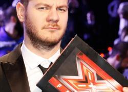 Cattelan lascia X Factor: il clamoroso annuncio in diretta e la vittoria di Casadilego