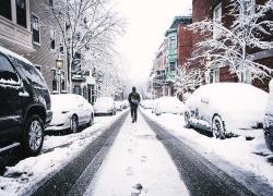Previsioni meteo, arriva Burian: neve a bassa quota e gelo siberiano. Crollo delle temperature