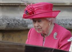 Regina Elisabetta, a Windsor scatta l'allarme: intrusi fanno irruzione nel castello