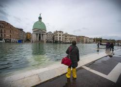 a Venezia dal '50 escalation paurosa acqua alta**
