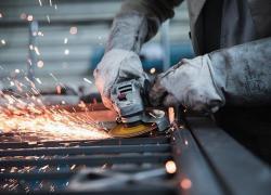 Assolombarda, 'TOP 500+': Il Covid brucia quasi un miliardo di export. Ma per il 2021 le imprese confermano gli investimenti già pianificati: oltre il 30% li manterrà inalterati per crescere, nonostante la crisi