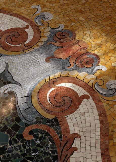 dettaglio dei pavimenti in seminato policromo di marmo, photo Matteo Piazza